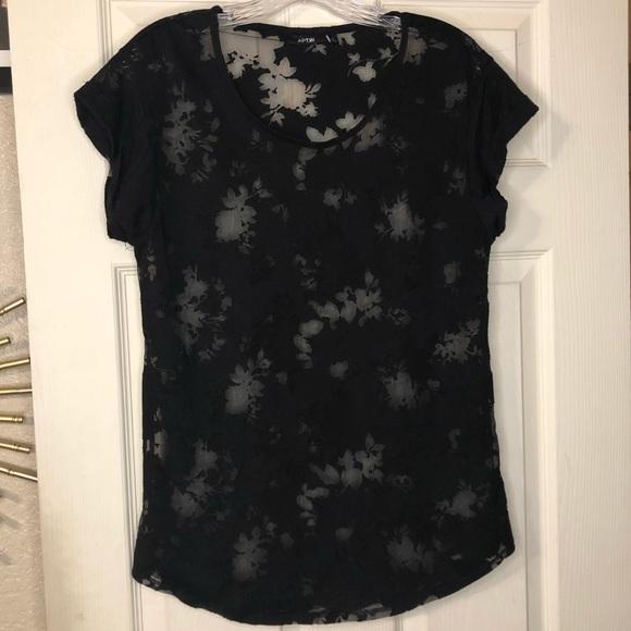 Apt. 9 Black Floral Sheer Short Sleeve Shirt Med.
